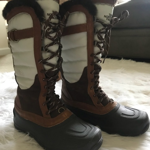bd8d0068f North Face All Weather Boots with Fur
